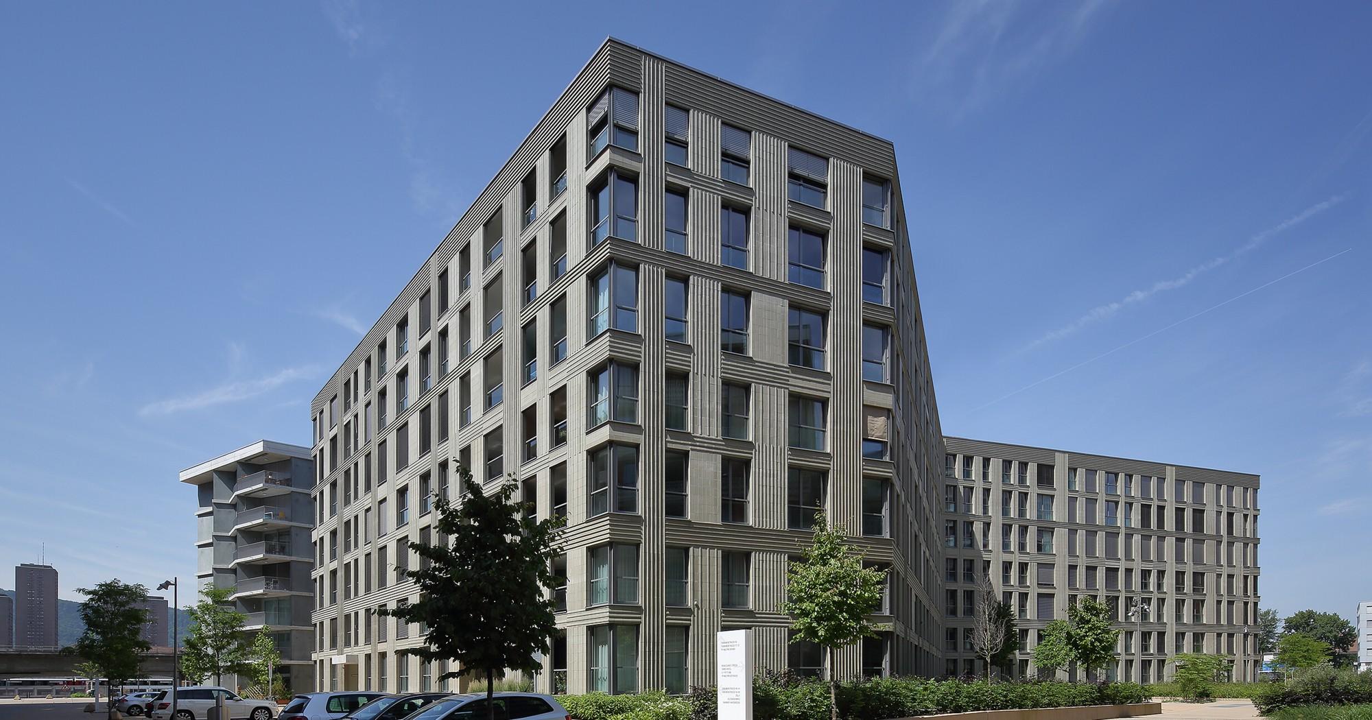 Projekt: Areal City West / Haus B Architekt: Meili, Peter Architekten Fassade: Ströher GmbH Ort: CH-Zürich Datum: 2015/05